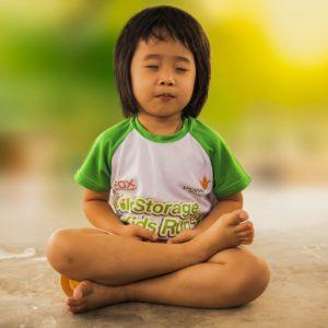 meditating-1894762_1280-2